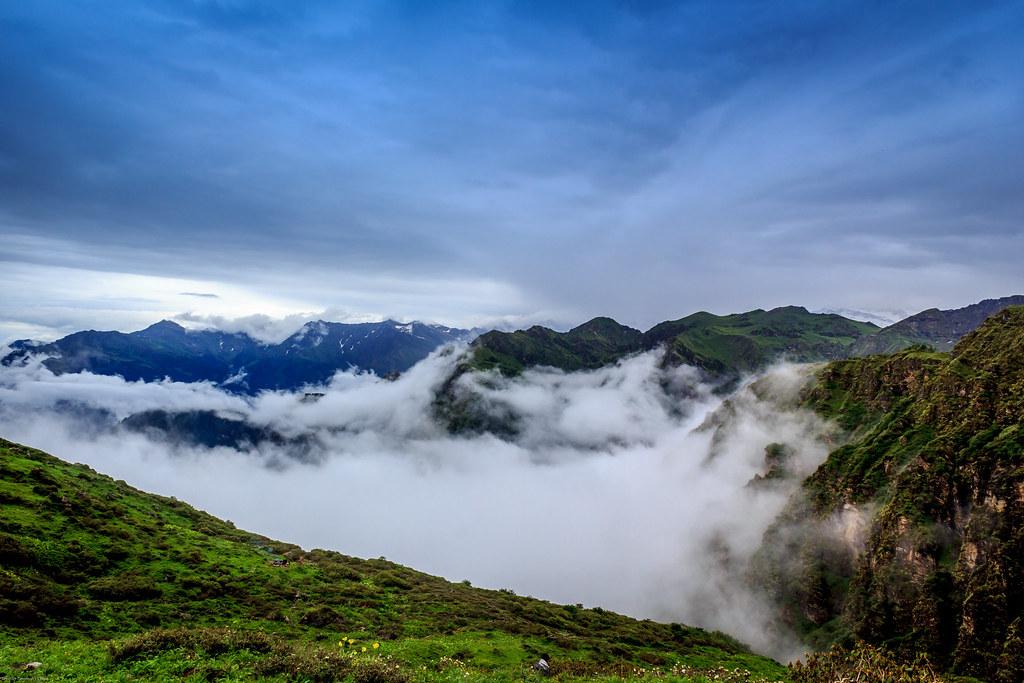 landscape hills himalyas
