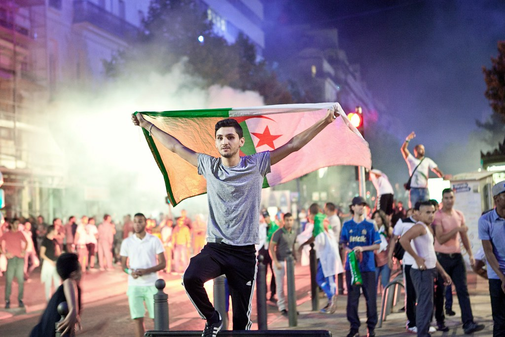 The world 39 s best photos of algerie and flag flickr hive mind - Drapeau marseille foot ...