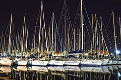 Palermo: la Cala (Luciano ROMEO) Tags: panorama mare barche porto palermo cala motoscafi lacala vele fotonotturna norre