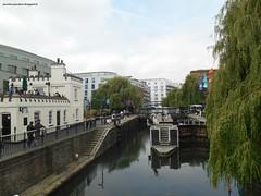 Londra #day4 - Camden Lock (Parole in Pentola) Tags: uk london water market camden camilla acqua mercato londra canale camdenlock chiuse bancarelle paroleinpentola