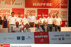 """El """"Movistar"""" recoge su trofeo como vencedor de la Copa del Rey MAPFRE"""