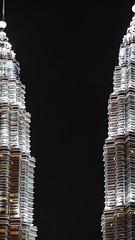 KL, KLCC  Twin Towers, Menara Petronas!  DMC-G6 ZD 75mm 1.8 (Swiss.piton (B H & S C)) Tags: tourism architecture night lumix asia malaysia klcc petronastwintowers m43 zd beautifulshot justmeandmycamera travelerphotos clickcamera unlimitedphotos theworldthroughphotography ibringmycameraeverywhere microfourthird fourthirdsphotography uploaded:by=flickrmobile m43photography streetphotographymagazine lumixdmcg6 swissamateurphotographers lumixdmcg6olympus75mm18 kltwintowersmenarapetronas ilovemym43 schweizerphotographen cameratypemirrorlesscamera spiegellosekamera
