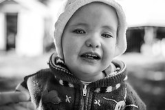 Untitled (Inelund) Tags: blackandwhite bw white black love beautiful norway kids canon children photography dof child emotion bokeh sister expression expressions naturallight explore canoneos5dmarkii