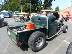 1949 international harvester (bballchico) Tags: 1949 internationalharvester ih kb2 pickup truck rattruck ratrod georgecuvreay ratbastardscarshow ratbastardsinfestationcarshow 2014 206 washingtonstate