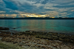 beach of Palawan (Yusuke_SG) Tags: sea mountain nature landscape nikon hdr palawan philippine d90 clubparadise
