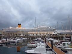 Porto de Vigo (Septem Trionis) Tags: ship galicia galiza cruiser vigo transatlantico