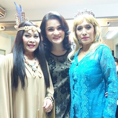 """Elsa & Pocahontas เมื่อเจ้าหญิงเอลซ่าท้าโชว์โพคาฮอนทัส """"คอนเสิร์ตแดง&เมาท์"""" -- เรามาเชียร์ทุกปี (ปีที่ 14 แล้วน้าาาา)"""