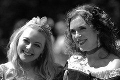 Hera and the princess (albionphoto) Tags: usa ny dragon cosplay parrot tuxedo renaissancefair hera sterlingforest vixensengarde