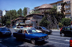948-38 (rolfstumpf) Tags: greece hellas thessaloniki macedonia streetphotography summer taxi cab streets transport traffic cars mosque building datsun