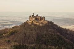 Burg Hohenzollern (Michelle Christin) Tags: burghohenzollern hohenzollern albtrauf bisingen schwäbischealb zellerhorn canon 60d tamron2470sp felsen castle outdoor outside landschaft landscape wald