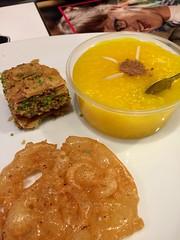Persian dessert (RealHedii) Tags: stockholm kista sugar efterrätt sweet dessert baklava baklawa persian