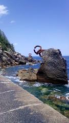 Peine del Viento XV (*KukiCat*) Tags: del mar san sebastian playa viento escultura donosti eduardo roca rocas chillida donostia peinedelosvientos cantbrico peine guipuzkoa peinedelvientoxv