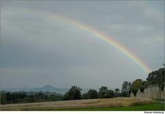 Beim Kloster Adelberg (to.wi) Tags: rain rainbow sommer sonne regen kloster regenbogen hohenstaufen adelberg klostermauer towi klosteradelberg