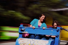 Summer Spin (che2525) Tags: longexposure kids families motionblur spinning traintown primelens