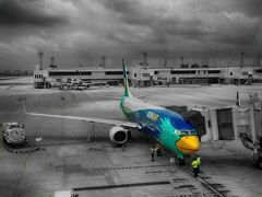Nok Air:  Thailand 2014EXPLORE (drburtoni) Tags: apple thailand bangkok nok nokair iphone5c