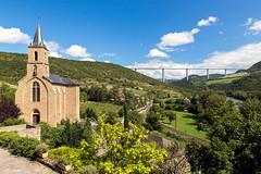 Peyre (Flausset) Tags: canon vert bleu route ciel pont paysage tamron foret glise millau viaduc 6d peyre 247028 plusbeauxvillagesdefrance