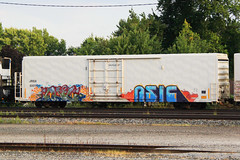 Bail Asic (Anthony Orosz) Tags: ohio bench graffiti steel painted toledo bail asic benching
