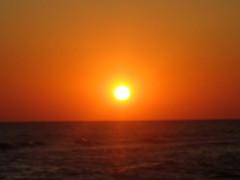 alba in ammoudara (stefania.tarantola) Tags: beach sunrise mare alba grecia sole rosso freddo spiaggia notte attesa ammoudara