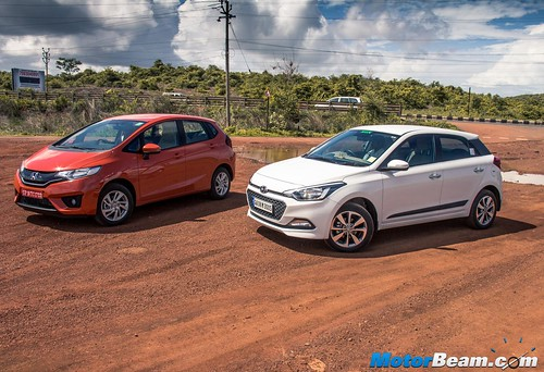 2015-Honda-Jazz-vs-Hyundai-Elite-i20-09