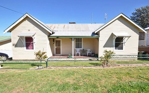 51 Commins Street, Junee NSW 2663