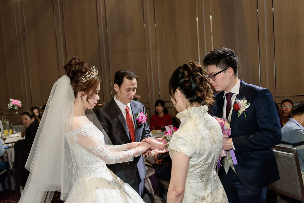 wedding day,婚攝小勇,台北婚攝,新莊,典華,新秘Bella,-064
