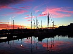 Reflejos en el puerto (Antonio Chacon) Tags: andalucia atardecer marbella málaga mar mediterráneo costadelsol cielo españa spain sunset