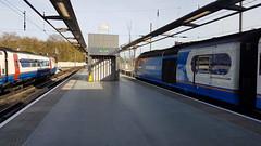 East Midlands Trains 43059 (with 43073)1D17 0915 St Pancras - Nottingham.  St Pancras.  5th April 2017 (Ajax46.) Tags: eastmidlandstrains 43059 stpancras 43073trailing 5thapril2017 1d170915stpancrasnottingham