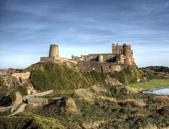 Bamburgh Castle, Northumberland (neilalderney123) Tags: ©2017neilhoward olympus landscape bamburgh castle history travel