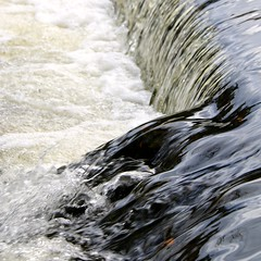 Scottish water (bnicoll2020) Tags: river water flow stream weir scotland turbulence foam