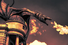 (Light Echoes) Tags: sony a6000 50mm 2015 winter february florida orlando themepark universalorlandoresort universalstudios wizardingworldofharrypotter harrypotter daigonalley dragon fire dragonfire gringottsbankride gringottsbank gringotts
