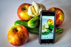 Frutta di stagione (agoralex) Tags: smartphone agoralex apple frutta contest mele iphone sempreconnessi