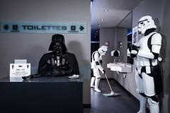 L'Empire contre la Crise (mictan) Tags: nikon d810 starwars darkvador dark vador darthvader darth vader stormtrooper crise fun funny finance argent money toilet toilette