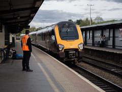 Leaving for Manchester (wi-fli) Tags: stokegifford england unitedkingdom parkway bristolparkway train locomotive railway railroad station platform leaving departing
