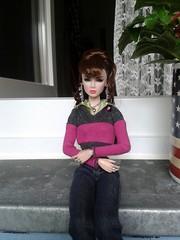 Ella01 (Rosalie.Cullen2011) Tags: girl fashion levitation dynamite lead fr royalty inc singles lilith jewerly