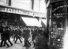 Shoppers in Charles Street, Adelaide, 1914 (State Library of South Australia) Tags: wwi worldwari adelaide ww1 southaustralia shoppers worldwar1 statelibraryofsouthaustralia samemory centenaryofanzac