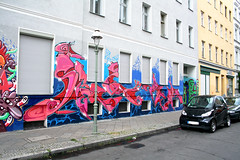 """Steel is Real"" (AgeAge) Tags: blue red berlin face wall project kreuzberg shoe graffiti eyes colours painted heads styles colourful grab 36 wallpainting aa spraycan caropepe 2014 crackhead bluebackground characterdesign charakter streetstyle berlinkreuzberg steelisreal tentakel stylewriting ageage wrangelstrase wrangekiez krzbbrg"