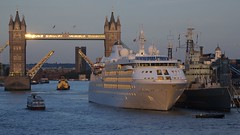 Silver Cloud Gold 2 (ianwyliephoto) Tags: london towerbridge lift hmsbelfast cruiseship tugs thamesriver silvercloud portoflondonauthority silversea