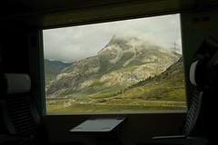 first class view @ Rhaetien Railway (Toni_V) Tags: alps window train landscape schweiz switzerland europe suisse 28mm zug rangefinder alpen svizzera firstclass engadin m9 2014 rhb oberengadin graubünden grisons rhätischebahn svizra berninaexpress grischun elmaritm messsucher pizalv ©toniv leicam9 140825 rhaetienrailway l1018414