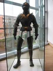 Plate Armour | Royal Armouries Museum Leeds, West Yorkshire | IMG_5261 (DanDeeTV) Tags: uk greatbritain england arms unitedkingdom yorkshire leeds royal armor gb armory weaponry armour westyorkshire armoury riveraire royalarmouriesmuseum royalarmouries platearmour royalarmories amouries theroyalarmouries