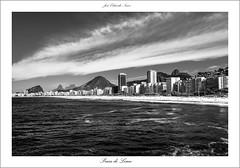 Praia do Leme (Jos Eduardo Nucci) Tags: praia southamerica rio brasil riodejaneiro landscape nikon paisagem pretoebranco 28300mm leme d800 brasilemimagens vcyktrbgvx8
