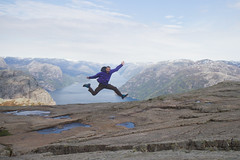 RelaxedPace22363_7D6203 (relaxedpace.com) Tags: norway jump jumping 7d 2015 jumpshot jumpology mikehedge