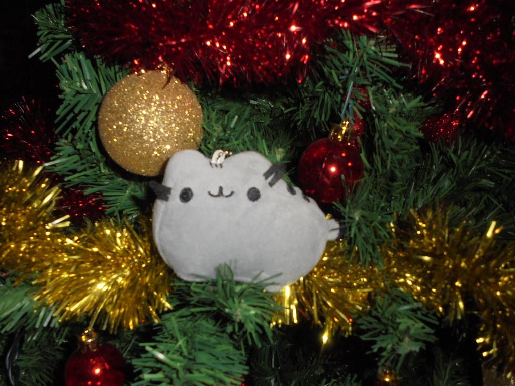 pusheen christmas tree gif