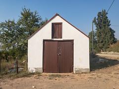 PMMM6000 (francois f swanepoel) Tags: calitzdorp ceramisist corrugatediron hyltonnel keramiek keramiekkunstenaar shed sinkplaat skuur southerncape suidkaap