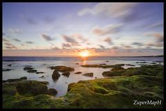La mar (ZuperMapH) Tags: ocean sunset sea beach atardecer mar playa andalucia andalusia cdiz elpuerto rocas ocano
