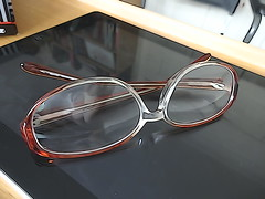 Last week before 80 (Julie70 Joyoflife) Tags: london home sony monday eyeglasses otthon setting lunettes szemveg photojuliekertesz