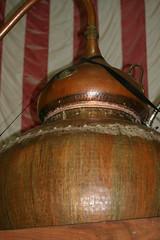 Tightly Anchored (eyriel) Tags: still alcohol copper distillery distill copperfox