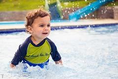 Gabriel (Thiago_Ferreira_Photo) Tags: baby sun color pool canon day sigma piscina infantil 1ano bebes 2470