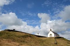 Tumulus Saint-Michel (BrigitteChanson) Tags: brittany bretagne breizh église morbihan carnac tumulus