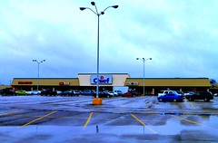 Chief Supermarket Lima (Nicholas Eckhart) Tags: ohio usa retail america us lima chief supermarket oh stores groceries 2014