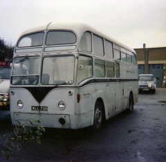 Photo of 1468W (MLL 735) Mobile Uniform Issuing Unit seen in Chiswick Works